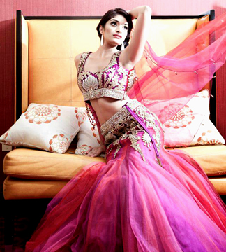 Designer Madhu Munyal to Present Modern Glamorous Collection at Couture Fashion Week New York