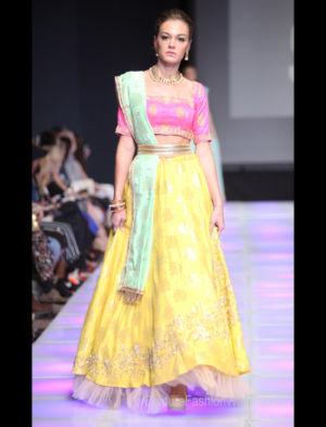 Sushma Patel-525-26
