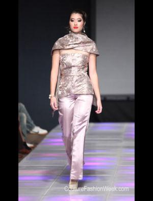 Upscales Fashions43-527-7