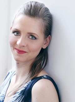 Singer Kaja Pecnik