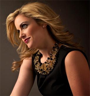 Singer Raquel Suarez Groen