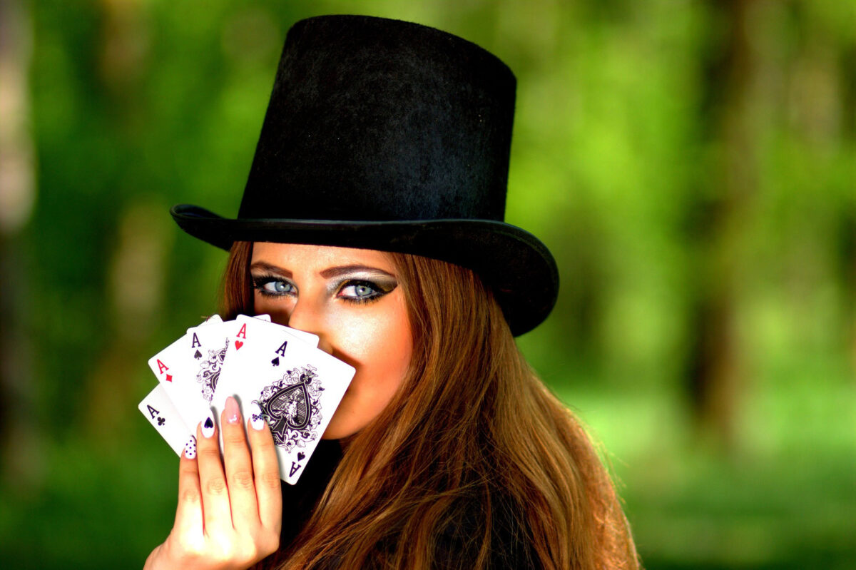 5 Poker Pros Who Could Easily Be Mistaken for Runway Models