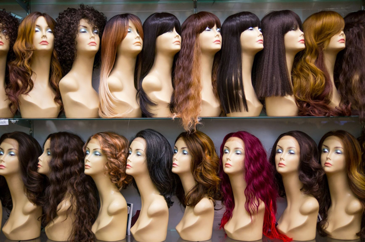 How to Choose the Right Wig to Complete Your Look