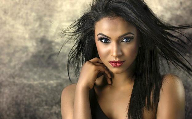 Top 5 Makeup Ideas for Self-Portraits